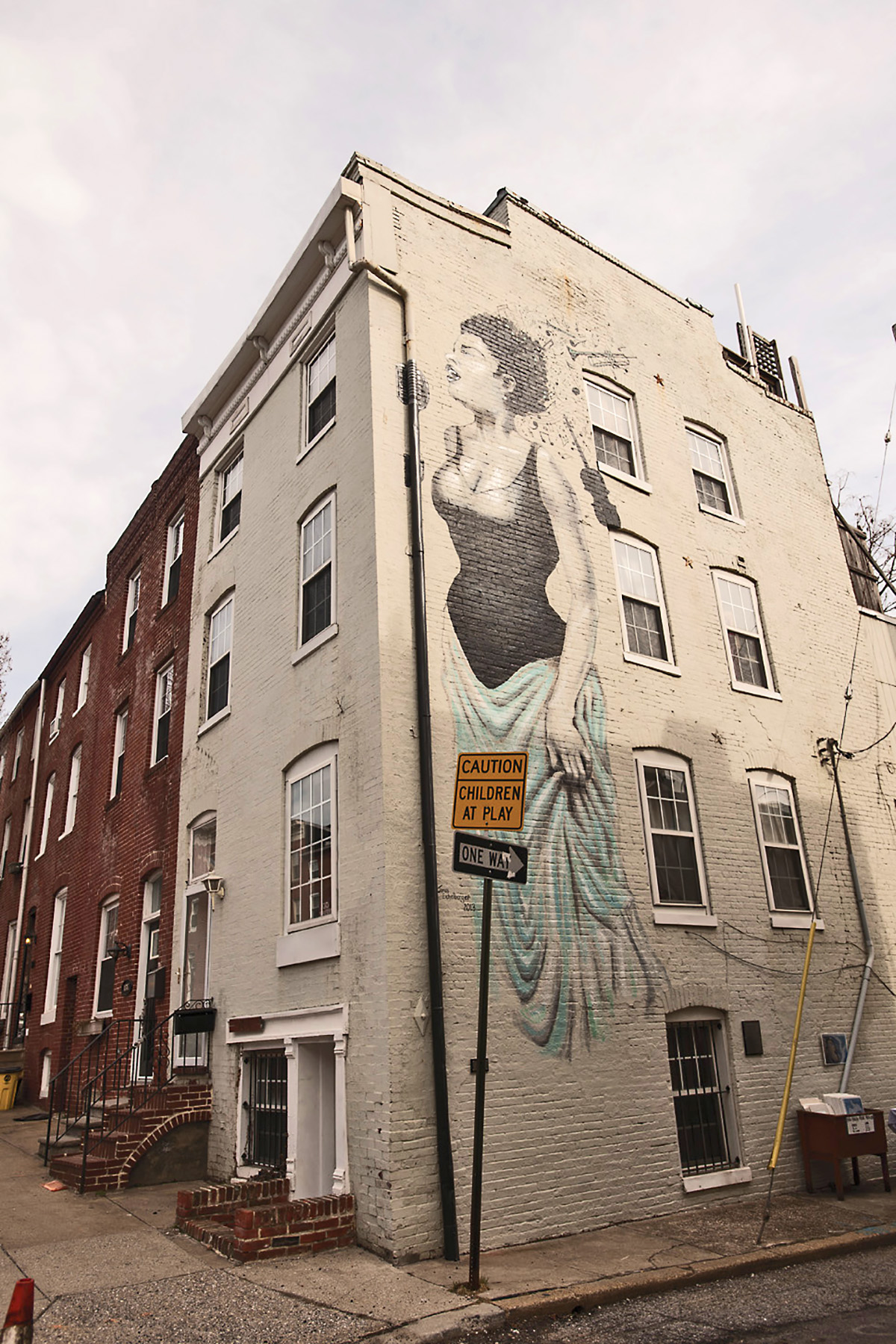 Then and now homes for Billie holiday mural