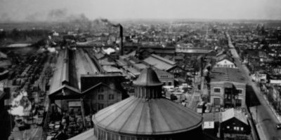 A photograph that appears in a film by James Bartolomeo that accompanies Kevin Puts' piece The City.Courtesy of the Library of Congress