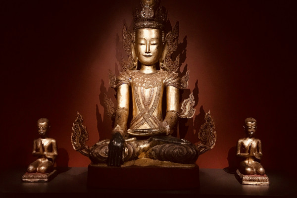 Seated Buddha, flanked by Monk Devotees,photography by Gabriella Souza
