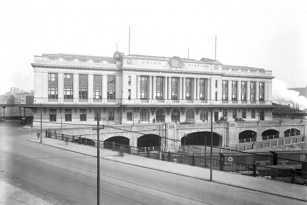 Union Station in the 1920s, later renamed as Penn StationCourtesy of Hughes Company Glass Negatives Collection, The Photography Collections, University of Maryland, Baltimore County